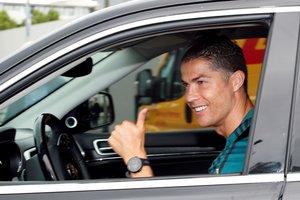 El portugués Cristiano Ronaldo este martes a su llegada a las instalaciones deportivas de la Juventus.