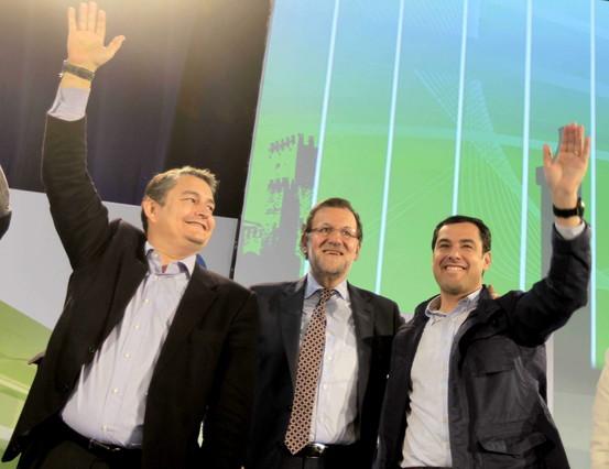 Antonio Sanz (izquierda), junto a Mariano Rajoy y Juan Manuel Moreno Bonilla, en un acto del PP en Jerez el pasado marzo.