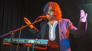 El artista barcelonés Joe Crepúsculo, durante una actuación.
