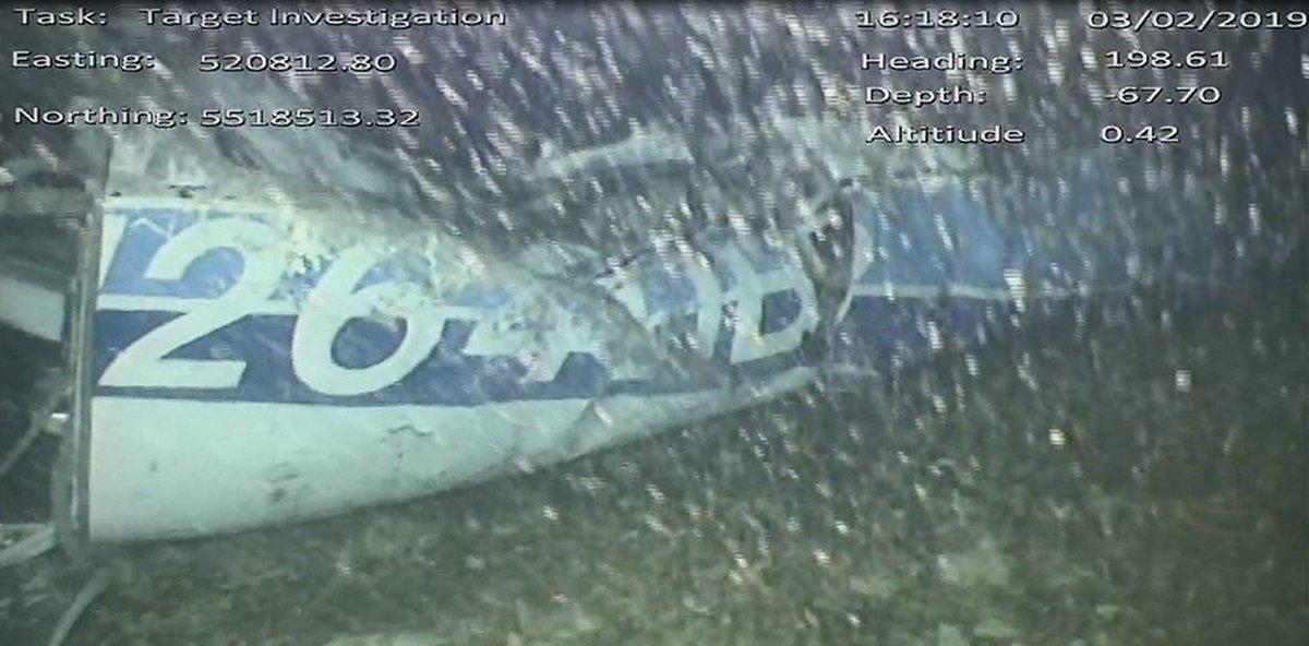Los restos del avión.