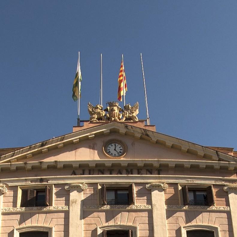 Façana de lAjuntamentde Sabadell, on no hi ha lesbanderes espanyola i europea des del 27 doctubre, arran de la declaracióunilateral dindependència.