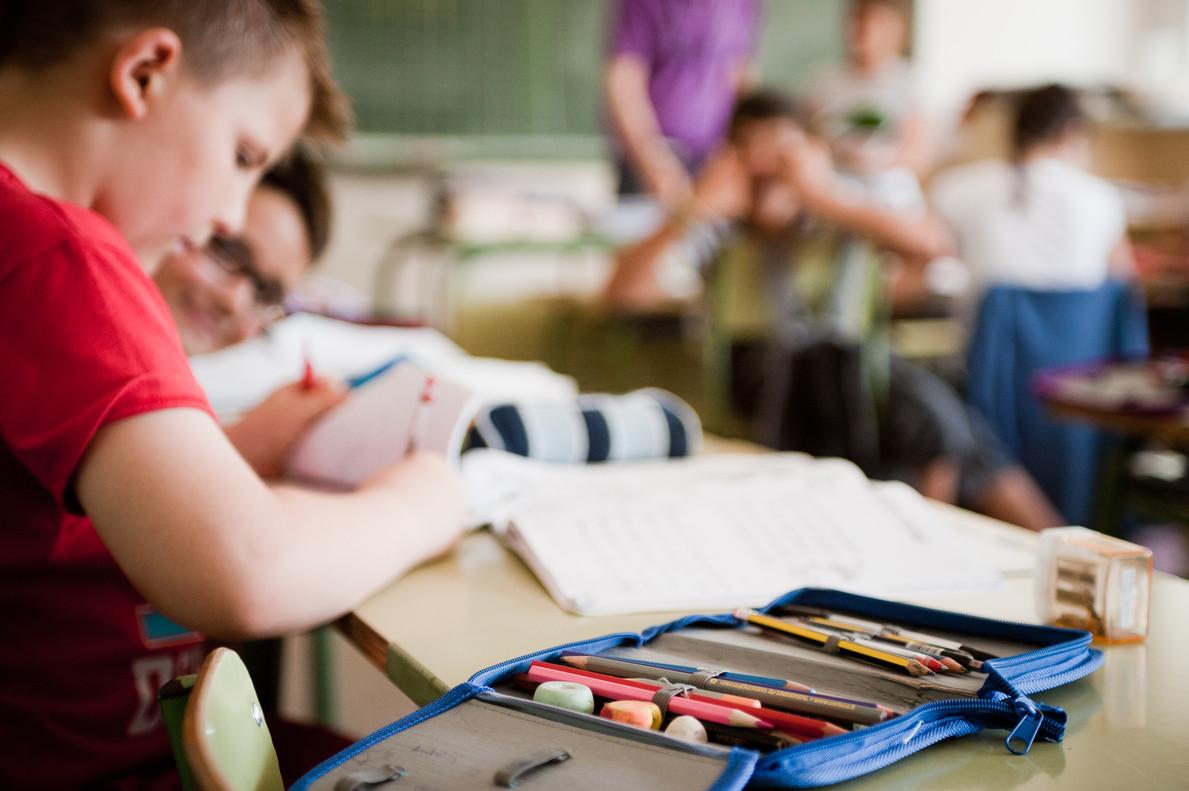 El desafío de Celaá: la brecha educativa también es pobreza infantil