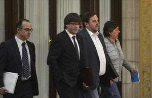 Puigdemont cree que el pacto PSOE-Ciudadanos certifica el fracaso de la tercera vía