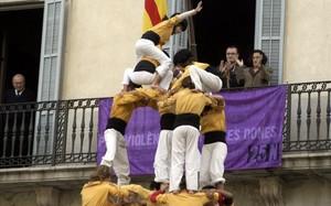 'Castell' de los Bordegassos de Vilanova, en la plaza de la Vila de la población del Garraf.