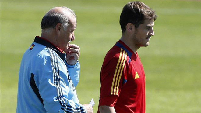 En declaraciones a la Cadena Ser, Vicente del Bosque ha asegurado: Casillas estuvo bien con sus compañeros, pero con el cuerpo técnico, comme ci comme ça.