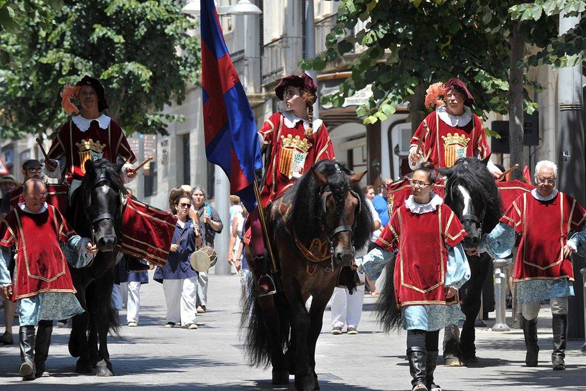 Figura del Herald de les Santes de Mataró.