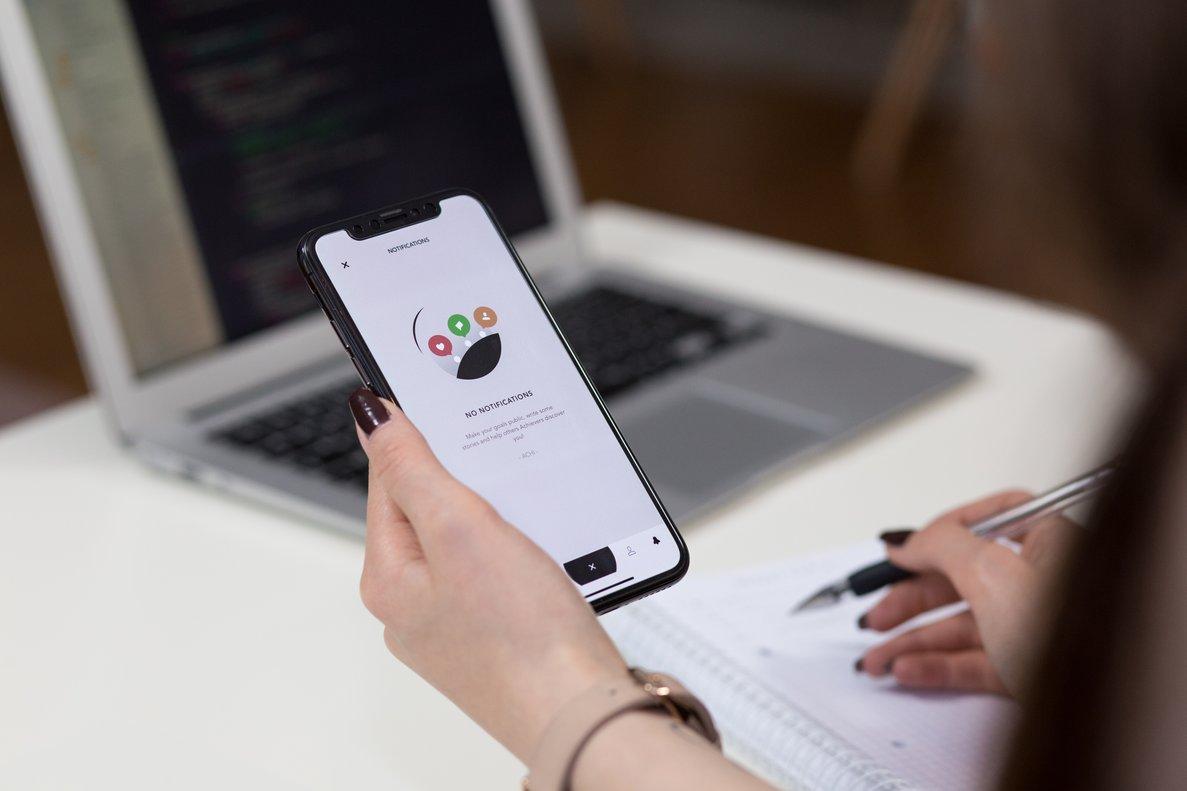 Las diferencias entre los fans de Android y Apple llegan al sector bancario.