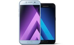 La nova sèrie Galaxy A de Samsung arriba amb resistència a l'aigua