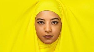 Hajar Brown, la actriz que da vida ala joven musulmana Amira en 'Skam España'.