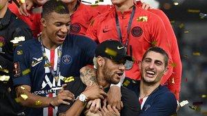 El PSG aixeca la seva setena Supercopa de França consecutiva sense Neymar