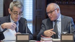 Reunión de la Mesa del Parlament con los letradosXavier Muro y Antoni Bayona