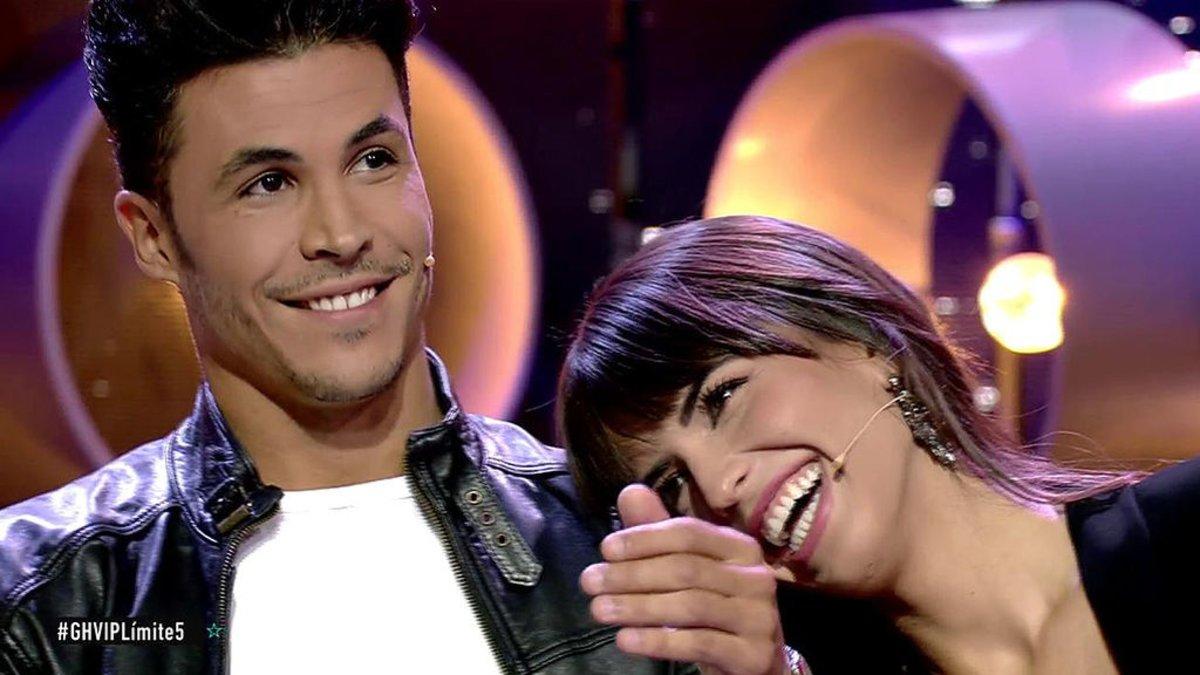 Kiko Jiménez y Sofía Suescun en el plató de 'GH VIP'.