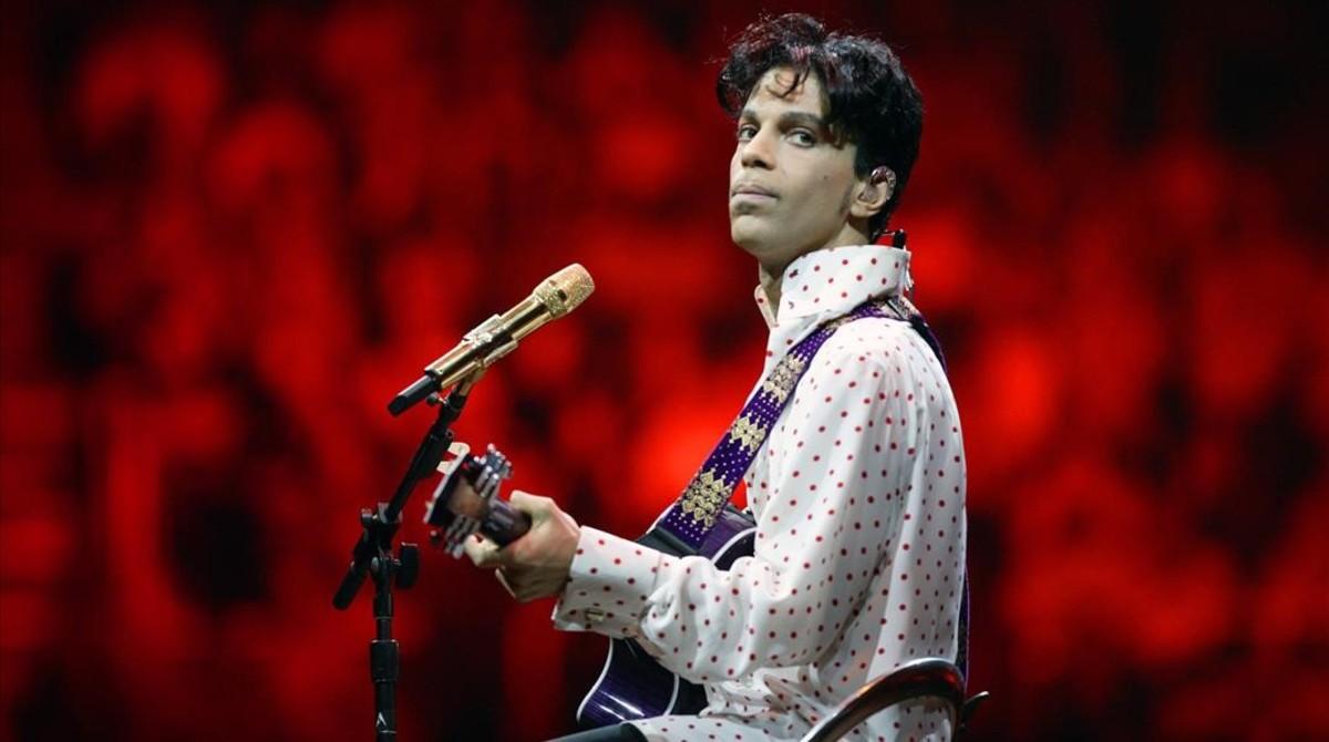 Prince, en abril de 2004, cuando presentó 'Musicology'.
