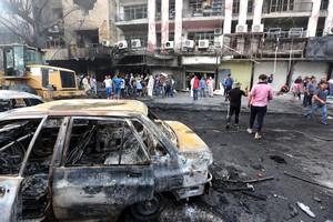 Lugar donde se produjo el atentado con coche bomba en el barrio de Al Karrada, en Bagdad, que causó la muerte a250 personas.