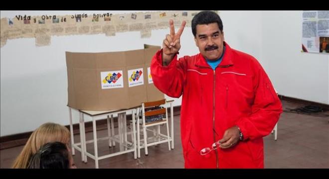 La oposición venezolana confía en un triunfo y el chavismo espera un milagro electoral