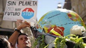 Manifestación contra el cambio climático durante la huelga estudiantil del 15M.