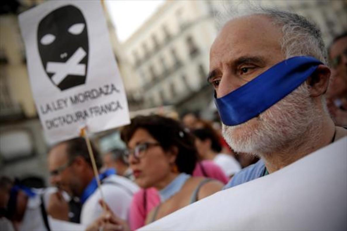 Manifestación en Madrid, contra la ley mordaza, en el 2015.