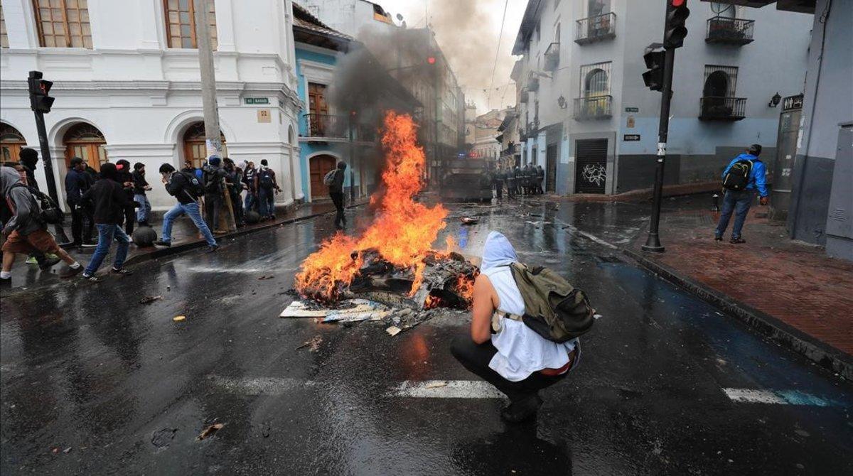 Resultado de imagen para manifestaciones ecuador