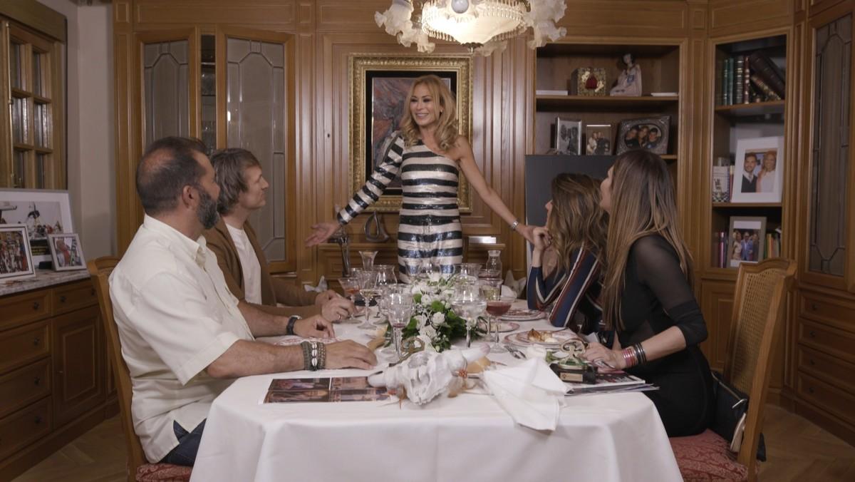 Mar Segura, anfitriona de la 4ª cena de Ven a cenar conmigo: Gourmet Edition 4 en Cuatro.