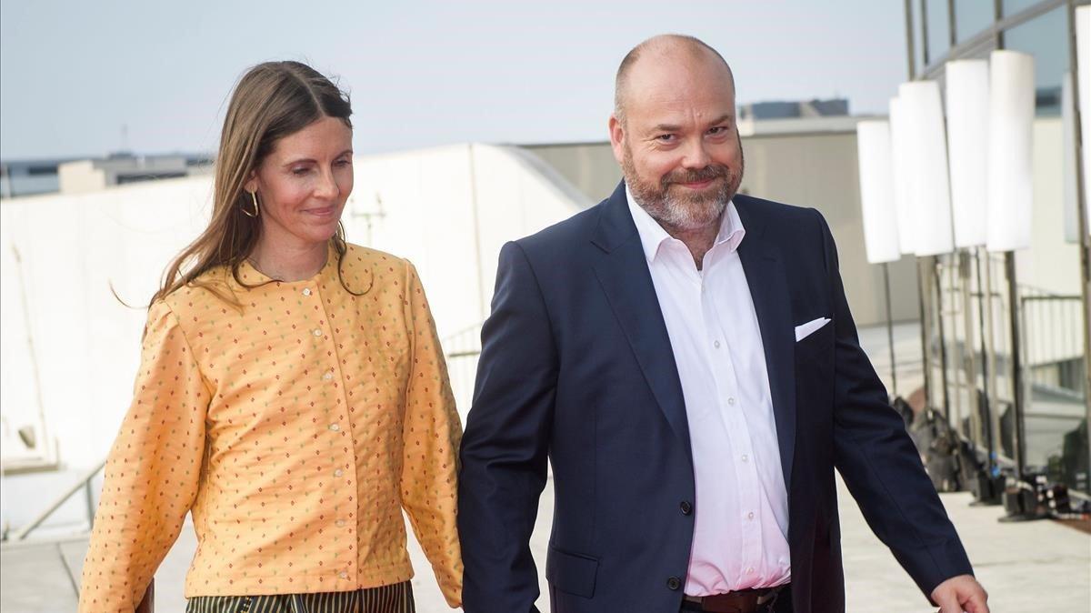 Anders Hoilch Povlsen y su esposa, Anne.