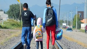Niños inmigrantes que viajan solos, sin la compañía de adultos en México.