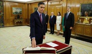 Pedro Sánchez promete el cargo ante el rey Felipe VI