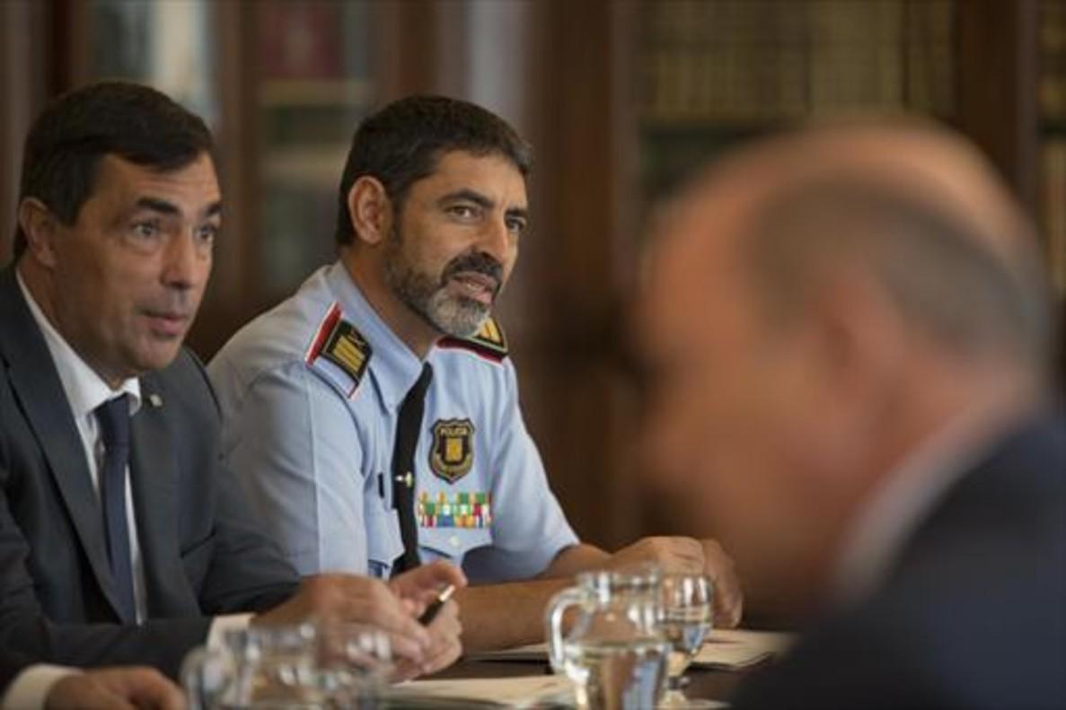 Pere Soler y Josep Lluís Trapero, el 28 de septiembre en Barcelona.