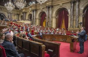 El salón de plenos del Parlament.