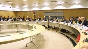 Cristobal Montoro preside un consejo de política fical y financiera, en el2014
