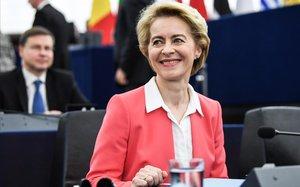La presidenta de la Comisión Europea, Ursula von der Leyen, en el pleno de Estrasburgo.