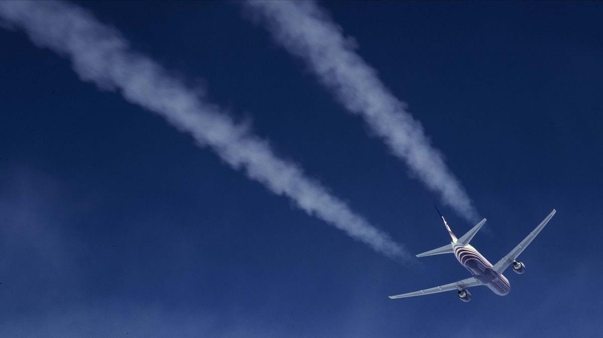 'Chemtrails': les línies tòxiques al cel són una bola