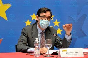 GRAF5502. MADRID, 16/09/2020.- El ministro de Sanidad, Salvador Illa, durante la reunión mantenida con el presidente de la Federación Española de Municipios y Provincias (FEMP), Abel Caballero, este miércoles en la sede de la FEMP, en Madrid. EFE/FEMP/Javier de Chavez *****SÓLO USO EDITORIAL // NO VENTAS // NO ARCHIVO*****
