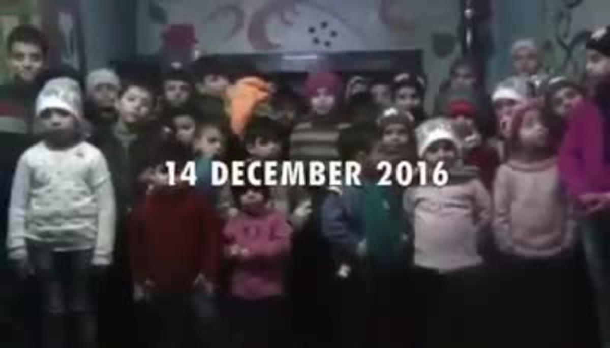 Súplica de los niños de Alepo para que los saquen de la ciudad.