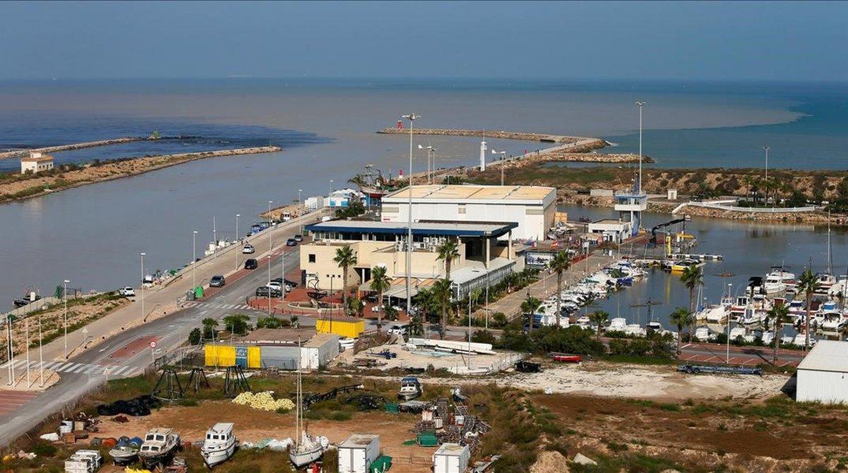 La última rotura del cauce del Segura, en Almoradí (Alicante).