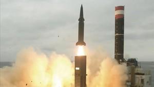 Una imagen facilitada por Corea del Sur de un 'test' de un misil propio.