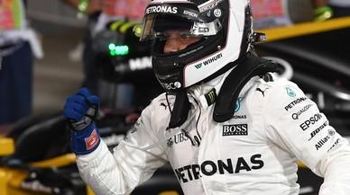 Bottas logra la 'pole' mientras el McLaren vuelve a dejar tirado a Alonso