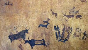 Vista general de las pinturas de Cogul, con la danza fálica a la derecha de la imagen.