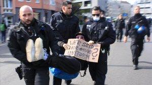 Atípica cruzada contra la gestión de la pandemia en Alemania