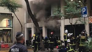 zentauroepp40071470 barcelona 12 09 2017 incendio en la calle bonsucc s numero 7170912111344