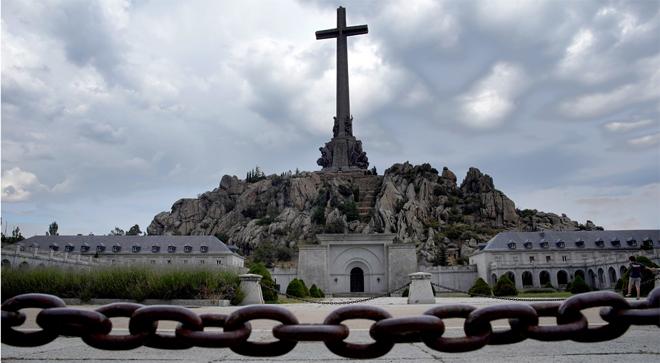 El Govern decideix exhumar Franco el 10 de juny