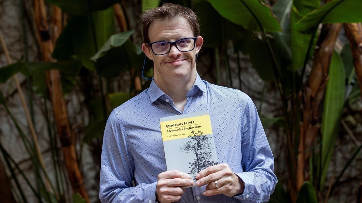 Andy Trias, con su libro Ignorando el SD