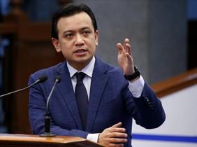 El senador Antonio Trillanes en su discurso de rechaza a las acusaciones del presidente Duterte.