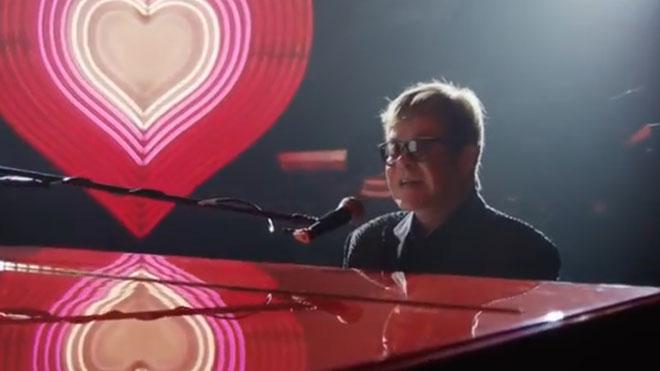 Anuncio de la cadena de tiendas John Lewis, con Elton John como protagonista.