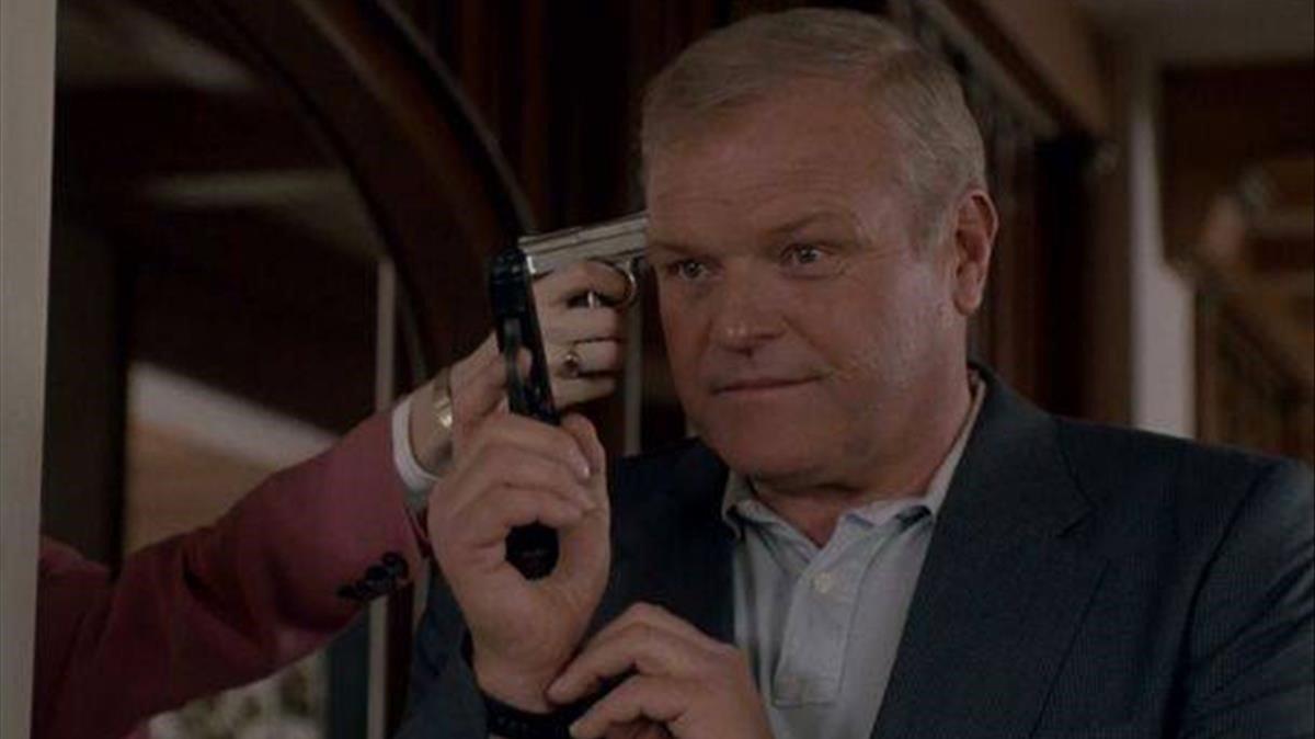 Brian Dennehy, en un fotograma de la película 'FX, efectos mortales'.
