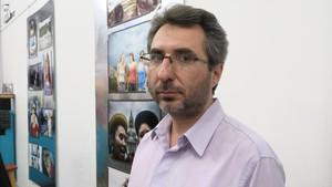 Pablo Verna, hijodel torturador Julio Verna, enuna reunion en Buenos Aires Argentina.