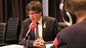 Carles Puigdemont durante la entrevista en Rac1, desde Bruselas.
