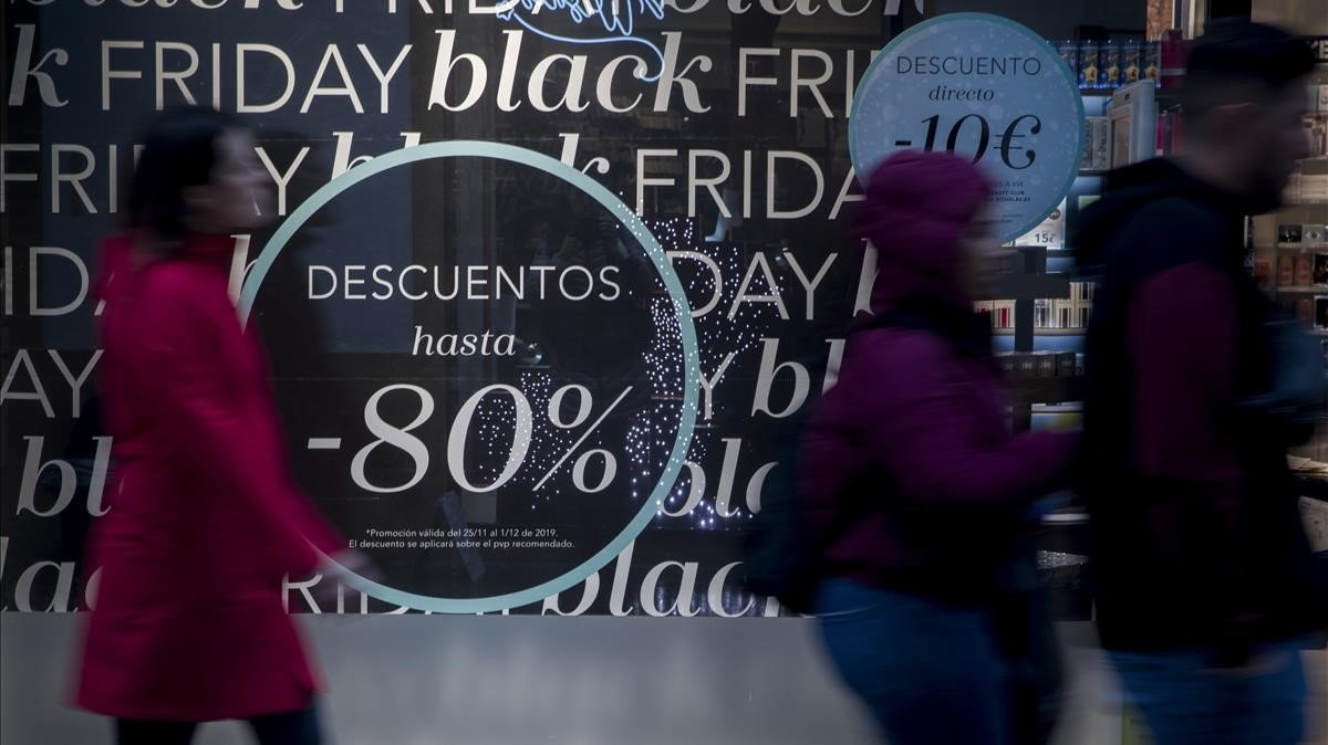Cartel publicitario del Black Friday en Sevilla