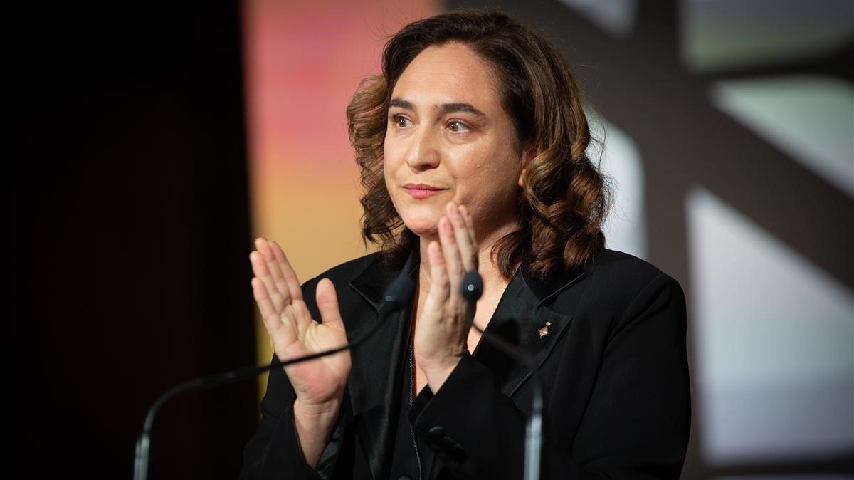 La alcaldesa de Barcelona,Ada Colau, en un acto.