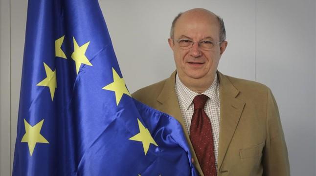 El eurodiputado del PP Santiago Fisas, en la sede del partido en Barcelona.