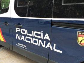 12/06/2019 Furgoneta de la Policia Nacional.